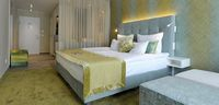 Comfort Plus Room Bed Golfhotel Vesper
